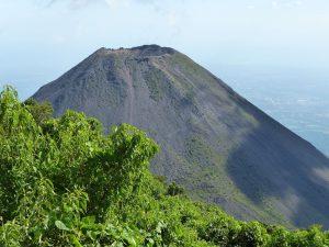 Krater des Vulkans von Izalco. © Foto: Dr. Bernd Kregel