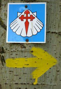 Polnisches Jakobsweg-Hinweiszeichen. Foto: © Dr. Bernd Kregel, 2013