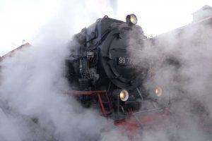 Schnaufende Dampflok der Brockenbahn Wernigerode. © 2014, BU/Foto: Dr. Bernd Kregel
