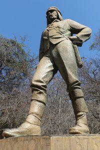 Denkmal David Livingstones an den Victoria Falls. © Foto: Bernd Kregel
