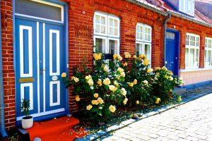 Schöne alte Häuser in Ærøskøbing, dem historische Hauptort auf der dänischen Ostseeinsel Ærø. © 2017, Foto: Elke Backert, BU: Stefan Pribnow