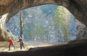 Wie eine Halle wirkt die Tischofer Höhle. © BU/Foto: Rainer Hamberger