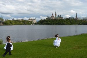 Parlamentsgebäude und Fairmont Chateau Laurier in Ottawa. © 2012, Foto: Bernd Kregel