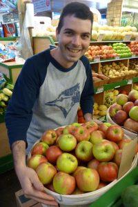 Obststand im Lawrence Market Toronto. © 2012, Foto: Bernd Kregel
