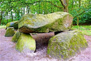 """Auf der """"Straße der Megalithkultur"""" findet man unzählige aus der Jungsteinzeit stammende Großsteingräber. © 2017, Foto: Elke Backert"""
