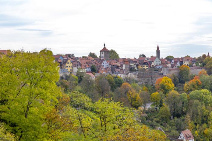 Der Blick auf Rothenburg ob der Tauber.