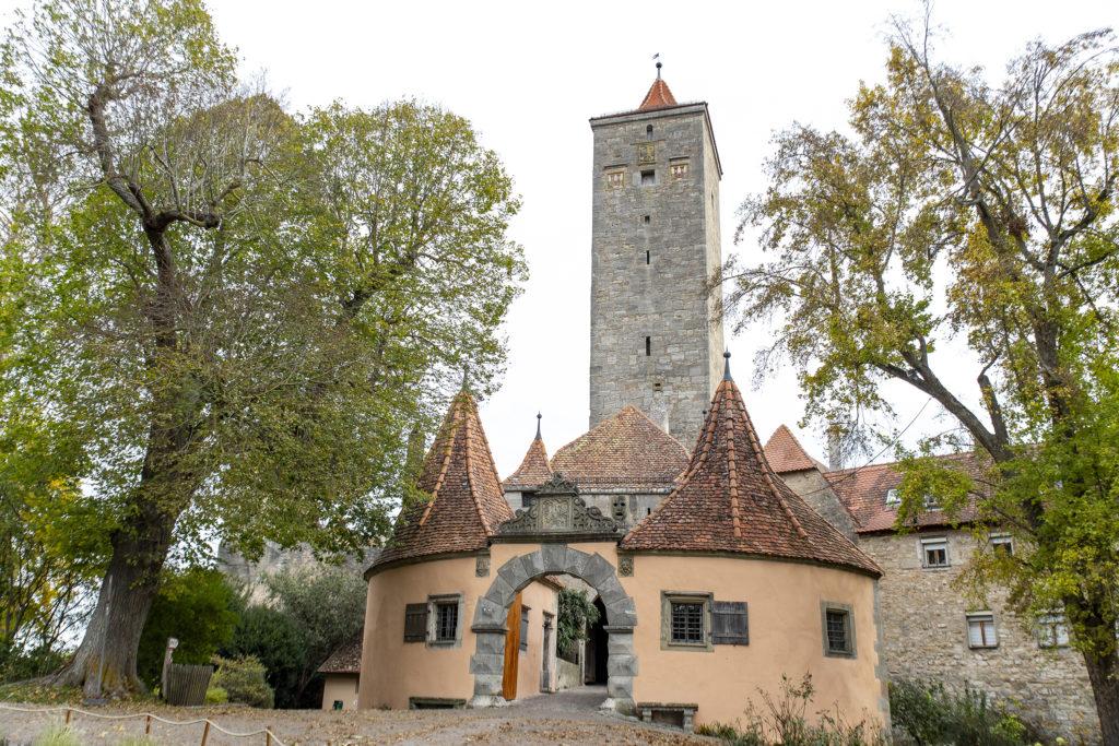 Rödertor und Röderturm befinden sich im Osten von Rothenburg.
