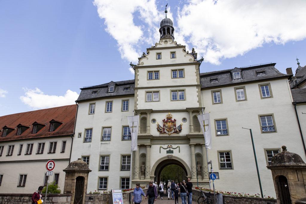 Der Zugang zu Schloss Mergentheim von der Stadtseite.