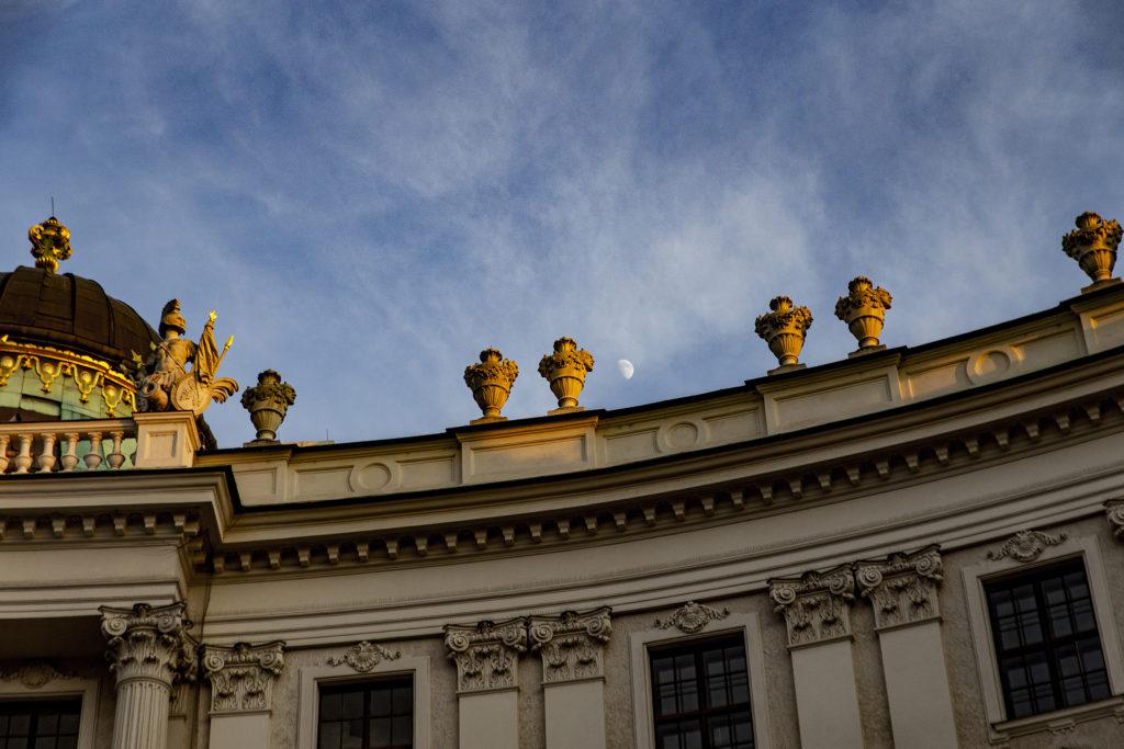 Der Mond über der Hofburg