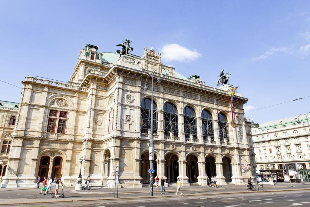 An der Ringstraße: Die Staatsoper Wien
