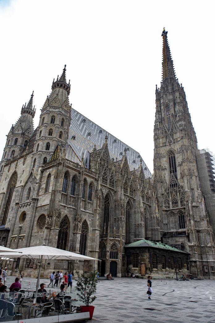 Der Stephansdom ist wohl Wiens bekanntestes Wahrzeichen.